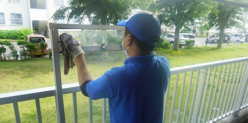 窓ガラス、サッシ清掃