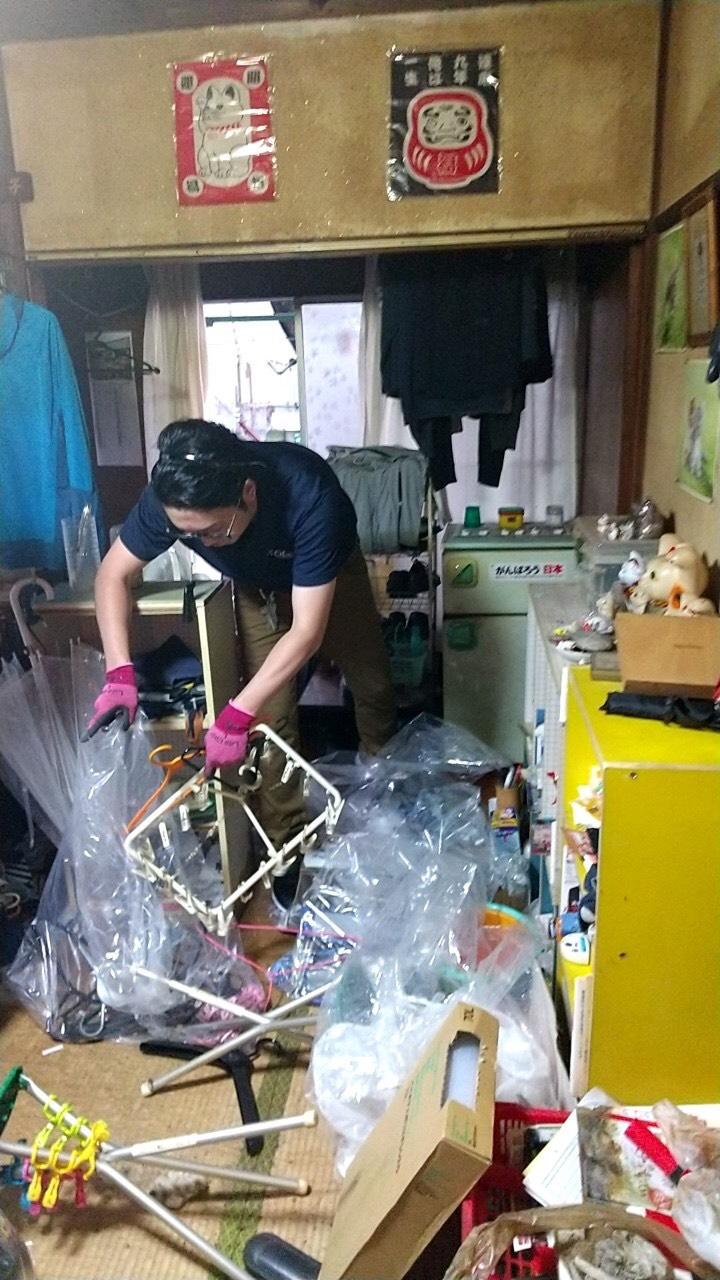 東京都【特殊清掃〜遺品整理】